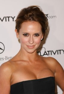 Jennifer Love Hewitt got her first name from her older brother Todd Daniel ...
