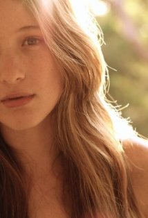 Sophie Lowe Photo